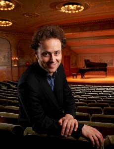 Pianist Alexander Schimpf
