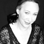 Rogue Valley Chorale Music Director Laurie Anne Hunter